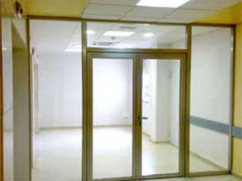Puertas baratas en sevilla en sevilla en with puertas baratas en sevilla elegant muebles a - Mamparas de oficina sevilla ...