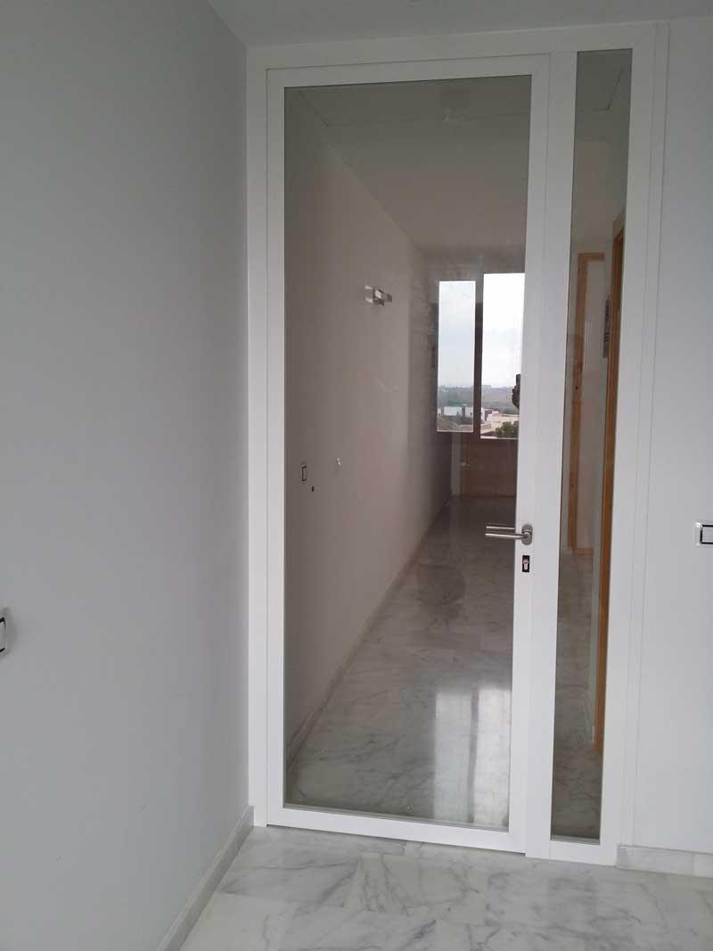 Puertas De Aluminio Diesur Divisiones Y Estanteria Del Sur Sl - Puertas-de-aluminio-fotos